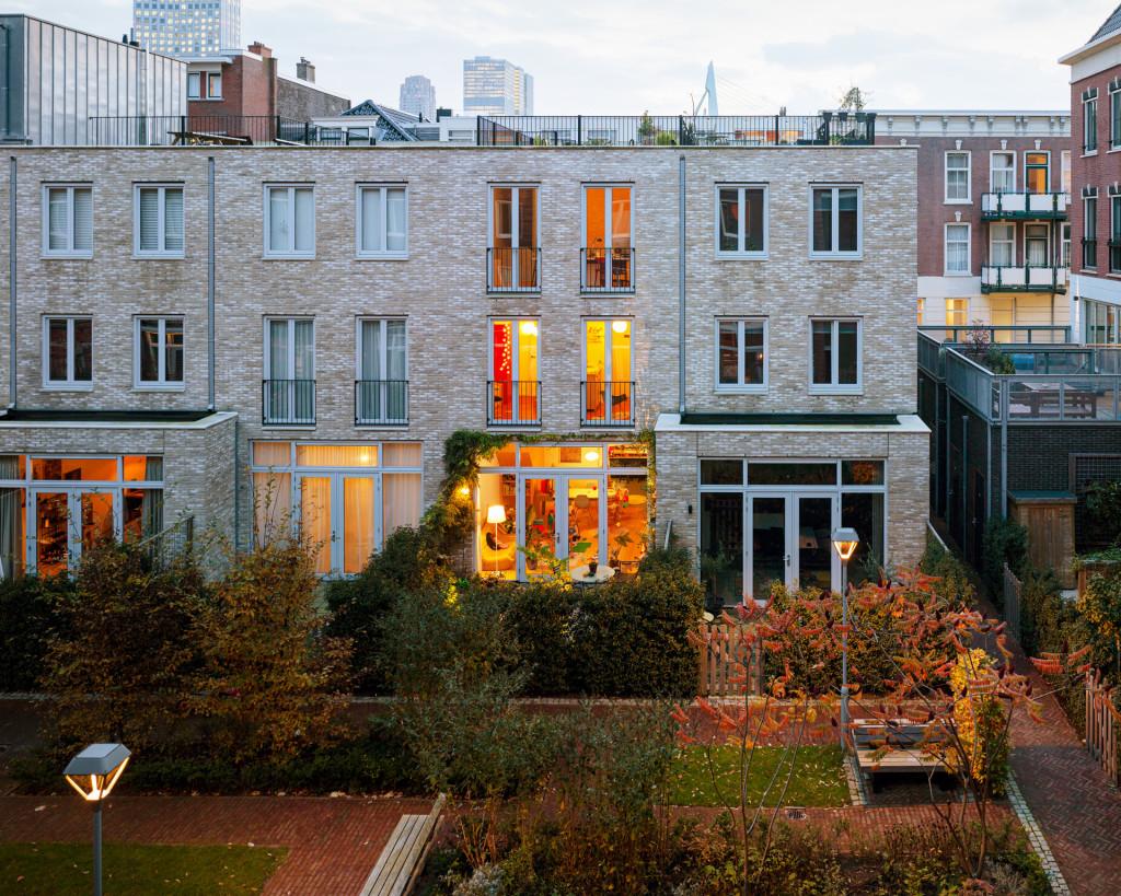 LAGADO-architects-workhome-playhome-exterior-by-Ruben-Dario-Kleimeer