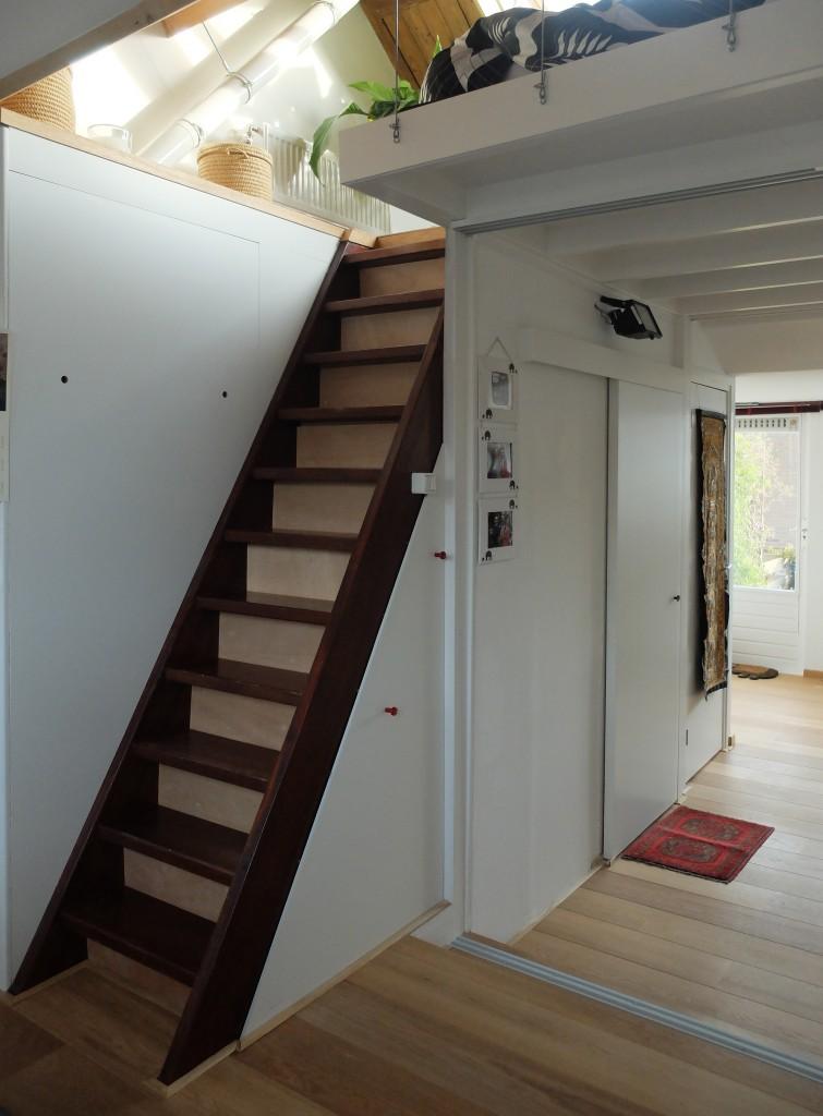 tinyhouse_lagado_stairs_up