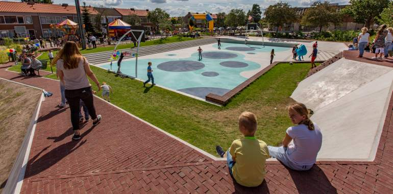 Tiel, 02 juli 2016 Opening Waterplein in Tiel Oost Foto: Jan Bouwhuis.