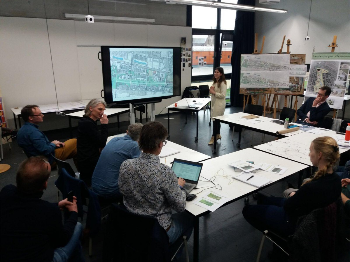 Maria finished post-graduate course on Urbanism
