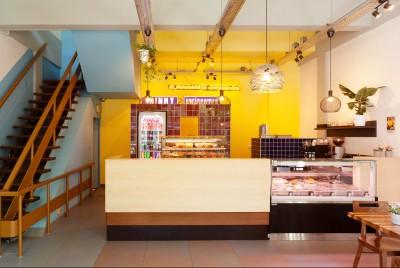 lagado-architects-chinny-surinaamse-broodjes-lijnbaan-rotteram-interieur-kleur